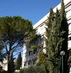 Clinique de chirurgie esth tique aix en provence parc for Piscine yves blanc aix en provence